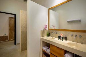 villa rental bali Bathroom
